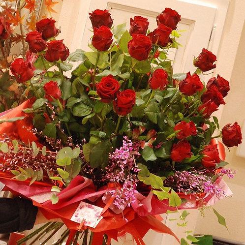 Rose stelo lungo (da €22)
