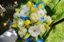 Bouquet bianco e azzurro