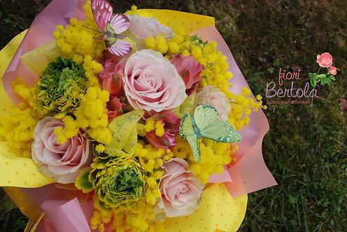 Bouquet Colori pastello con mimosa (€25/120)