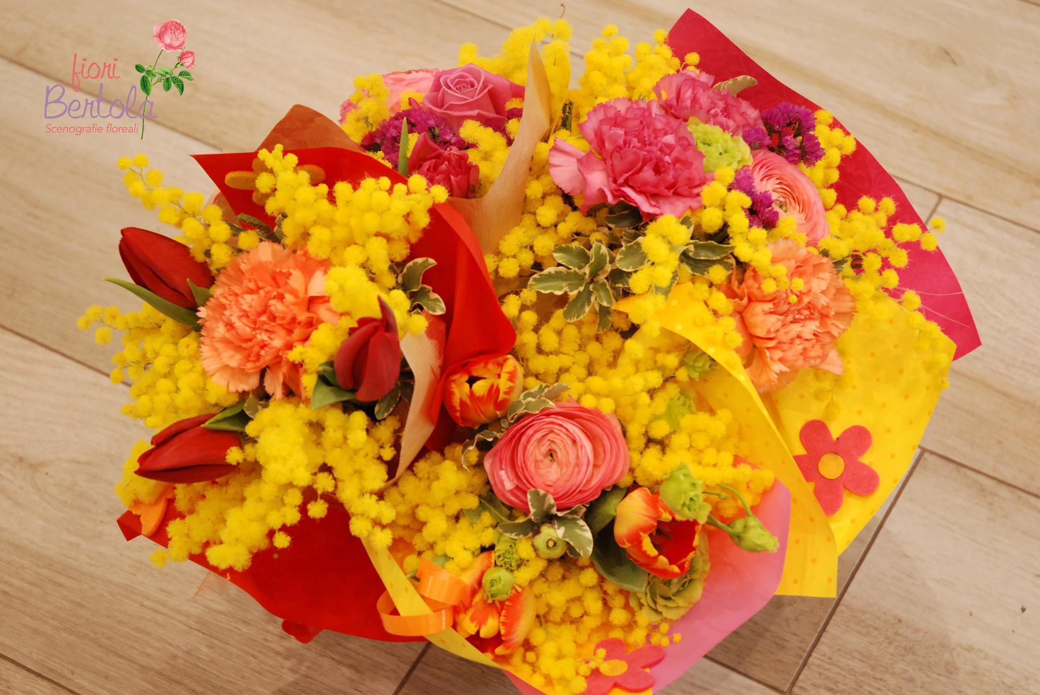 bouquet primavera e mimosa