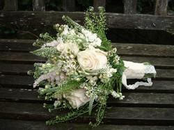Bouquet da Sposa con fiori chiari