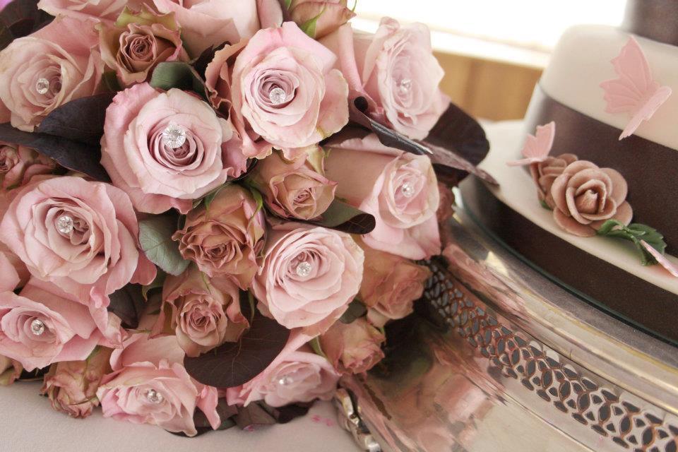 Bouquet da Sposa con rose rosa