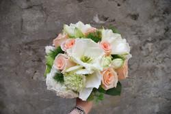 Bouquet con rose e amarillis