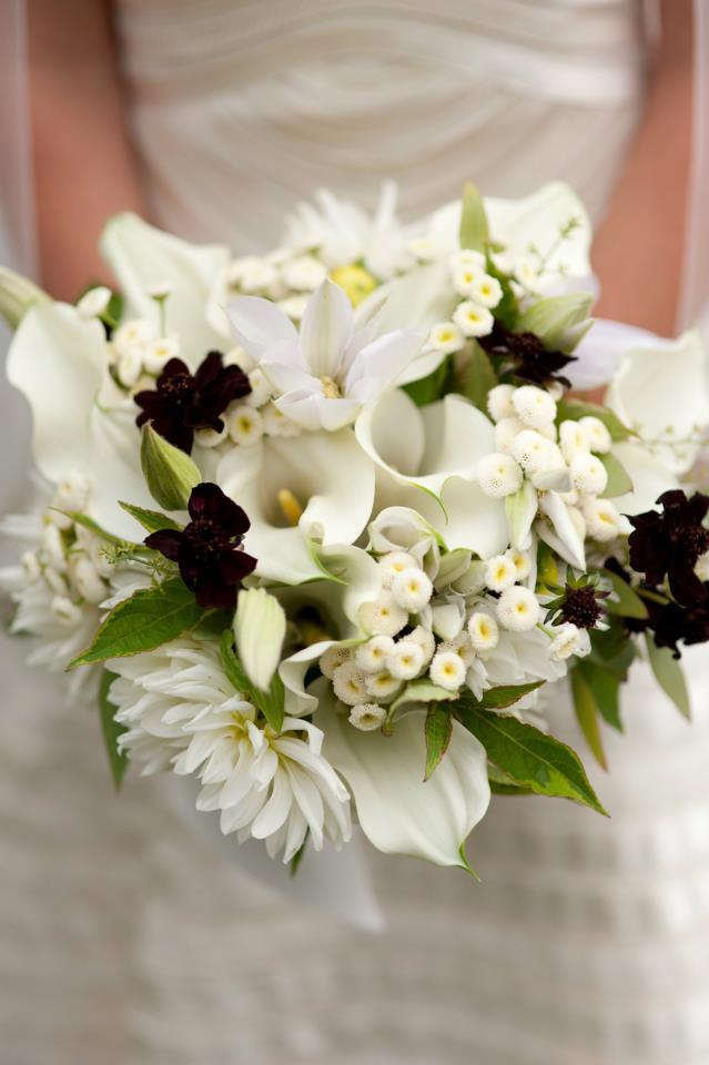 Bouquet Sposa con dettagli in nero