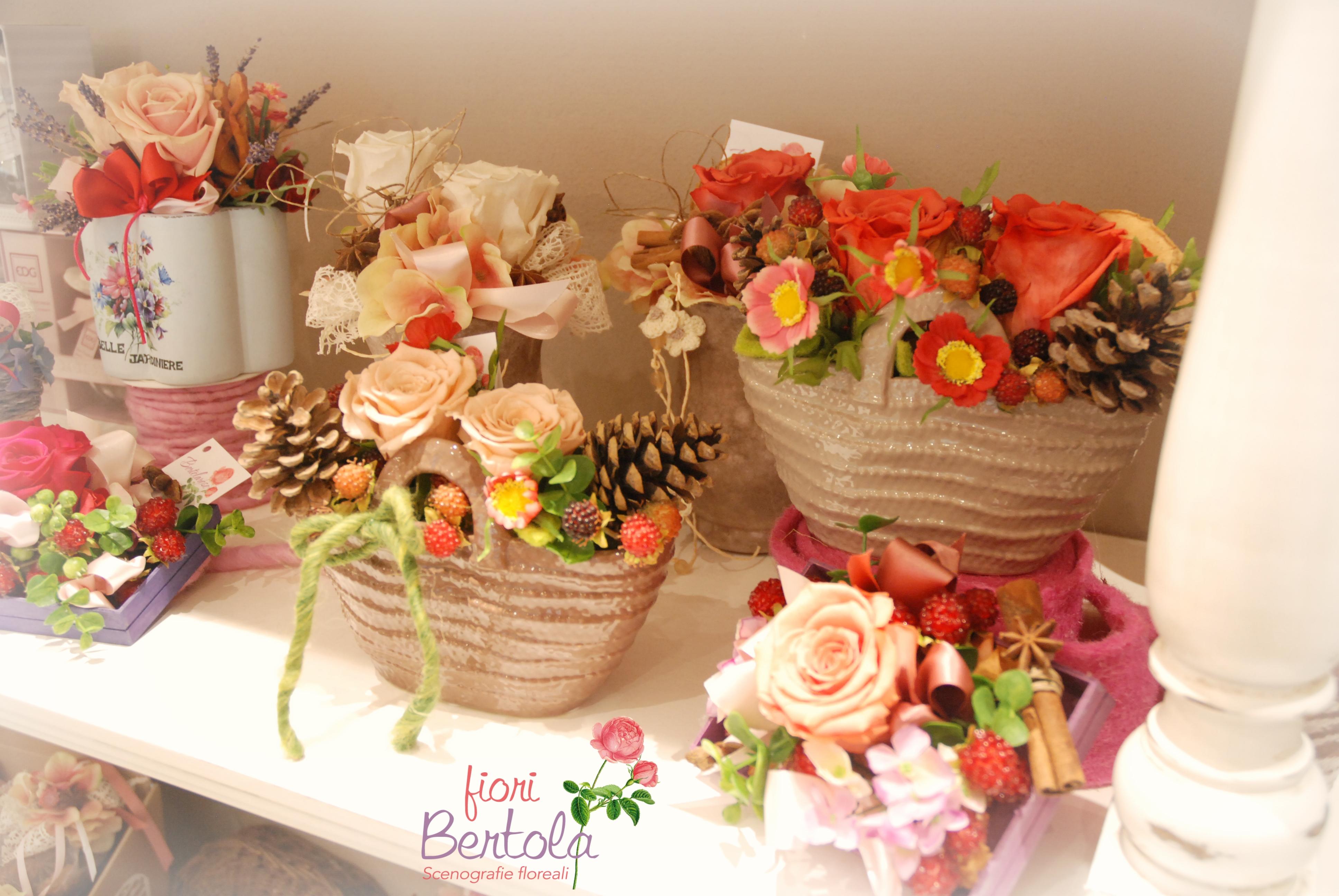 Borsine con rose stabilizzate