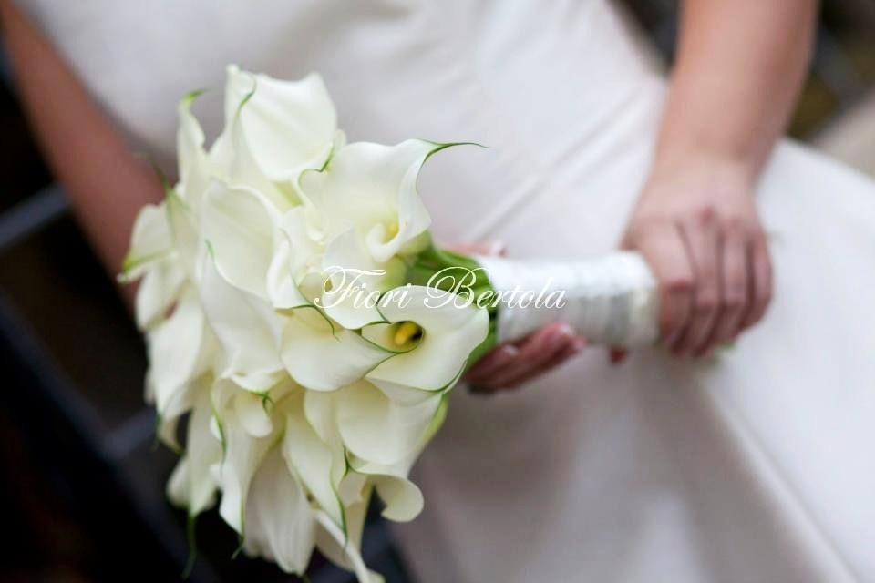 Bouquet da Sposa con calle bianche
