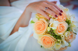Bouquet Sposa rose pesca e fresie