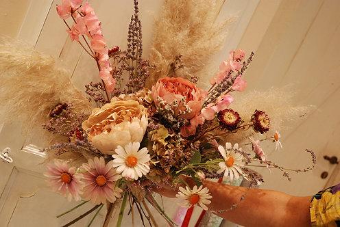 Mazzi di fiori secchi (€38/80)