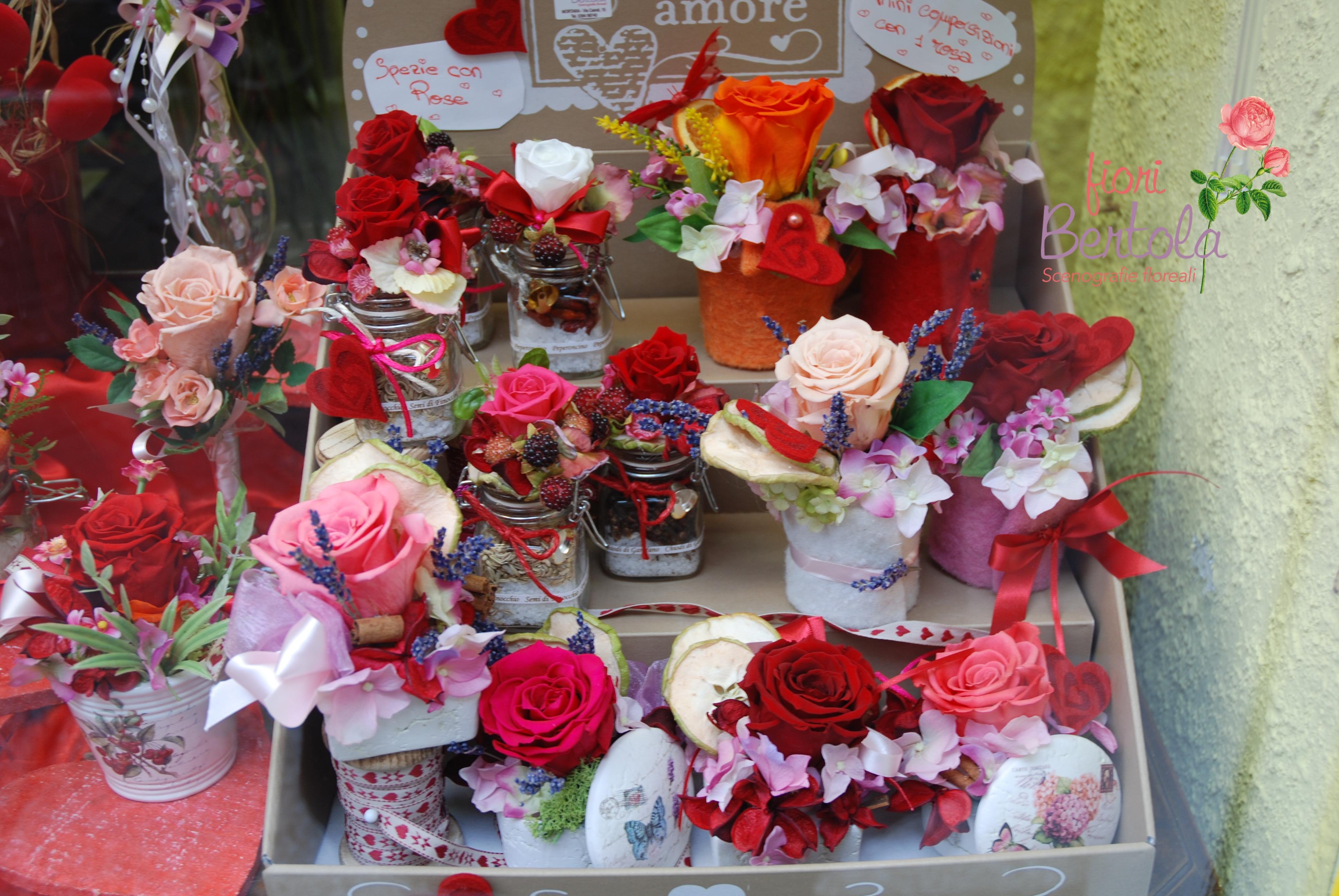 Composizioni con rose vere eterne