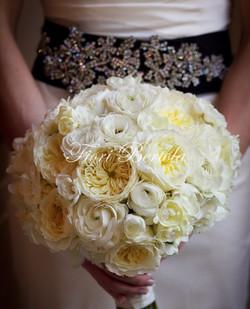 Bouquet da Sposa con rose bianche