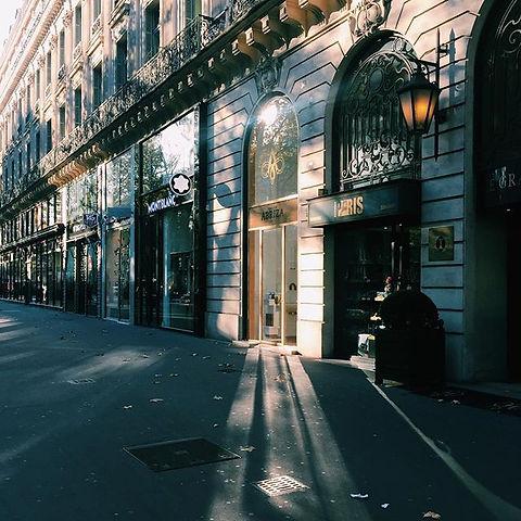 architecte pour la création d'une boutique quartier opéra paris flagship abriza boutique de luxe architect TNT Architecture