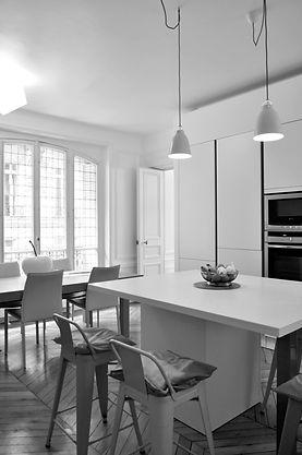 cuisine ilôt, cuisine dinatoire, rénovation appartement luxe paris 16ème arrondissement, architecte paris, architecte paris 16, architectedplg, architecte d'interieur, TNT Architecture