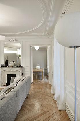 séjour réaménagé, rénovation hausmannien iéna paris 75016,parquet chêne, parquet point de hongrie, architecte paris, architecte d'intérieur paris, architecte d'intérieur paris, TNT Architecture