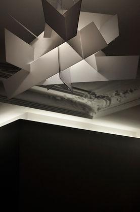 corniche haussmannienne éclairée, restructuration appartement paris 16 iéna 150m2, architecte paris 16, architecte paris, architecte d'intérieur paris, TNT Architecture