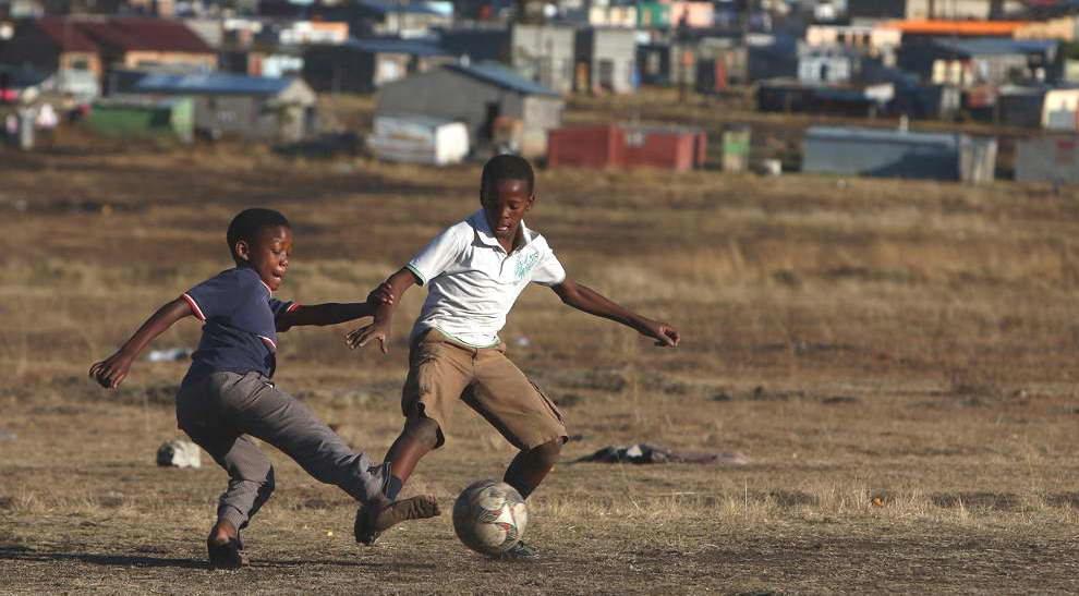 Fútbol con niños0003.JPG