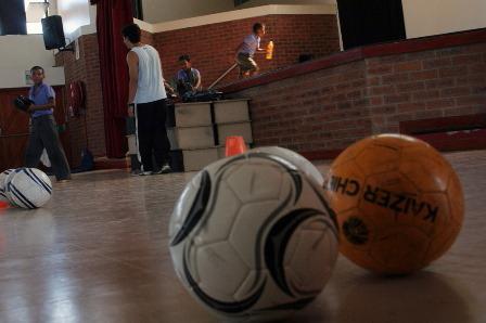 Fútbol con niños0023.JPG