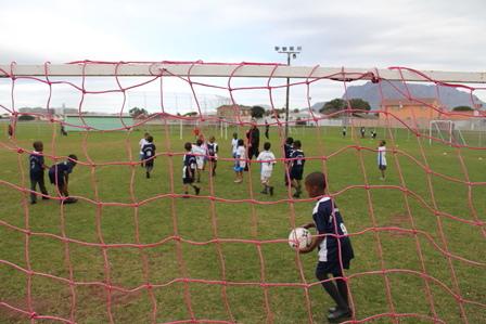 Fútbol con niños0004.JPG