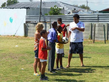Fútbol con niños0001.JPG