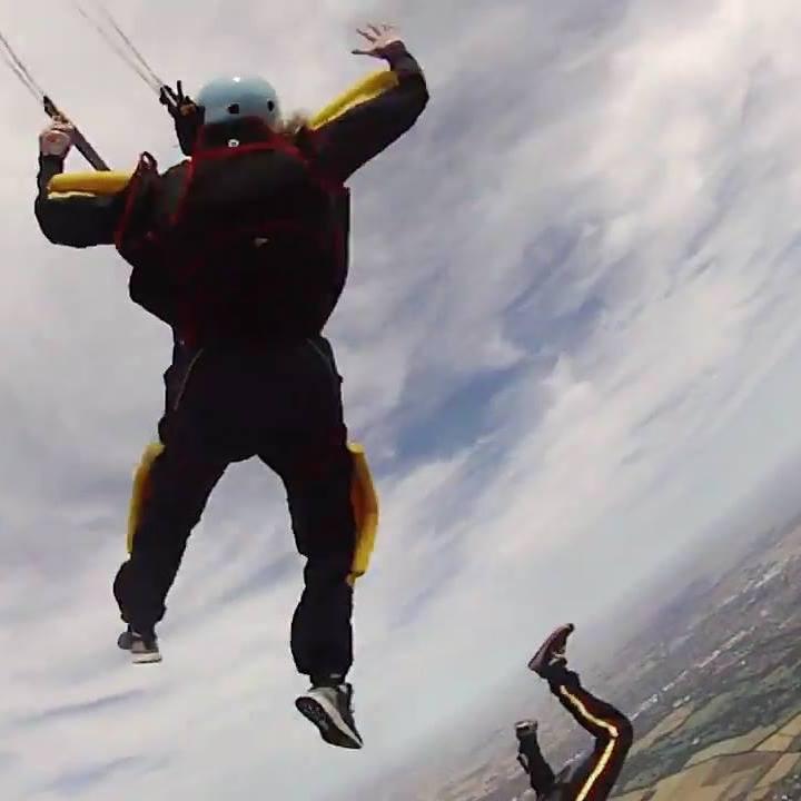 Skydiving AFF