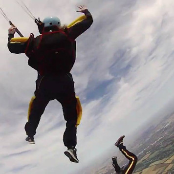 Skydiving AFF