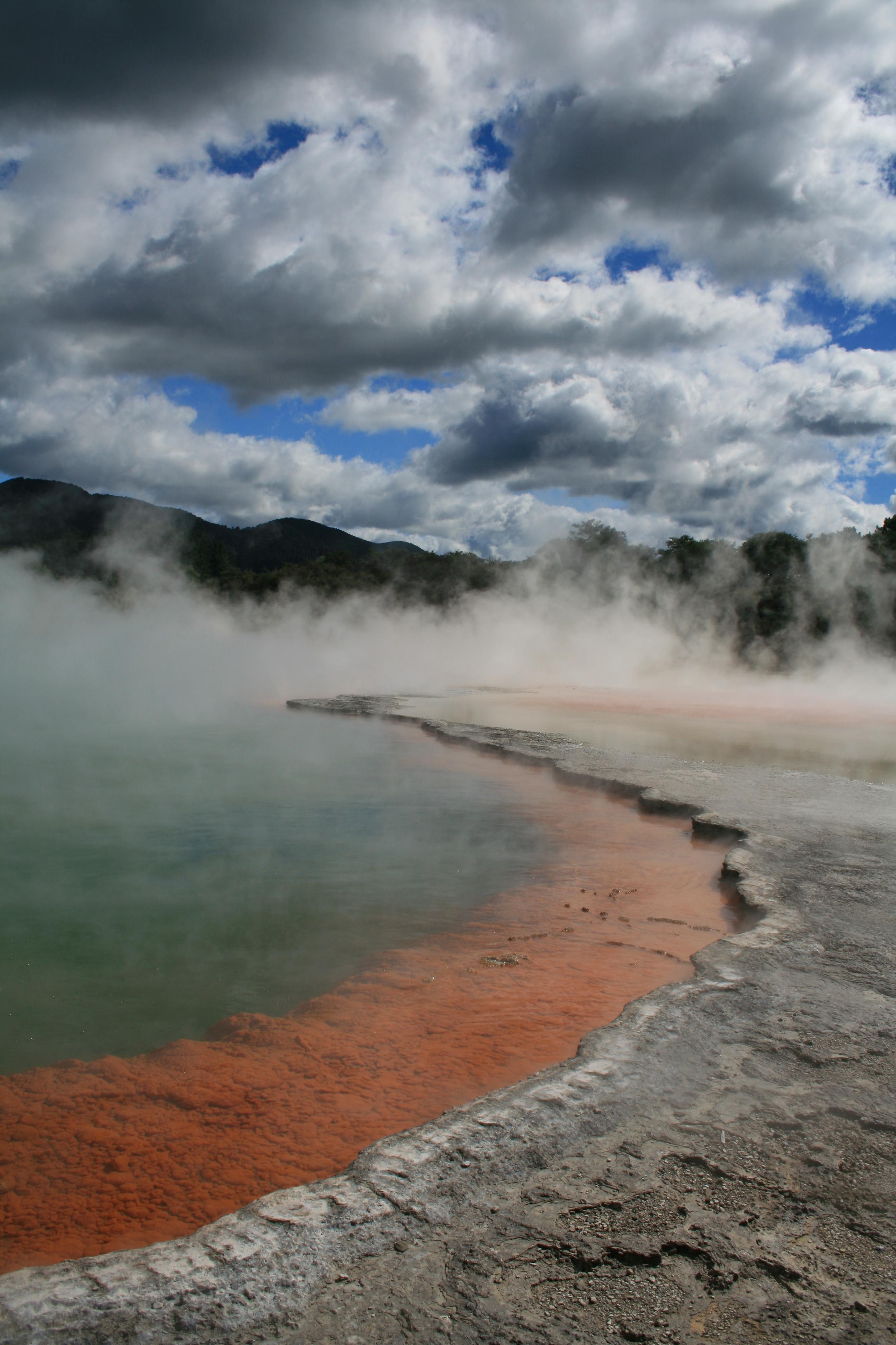 Champagne Pool, Wa-i-otapo, NZ