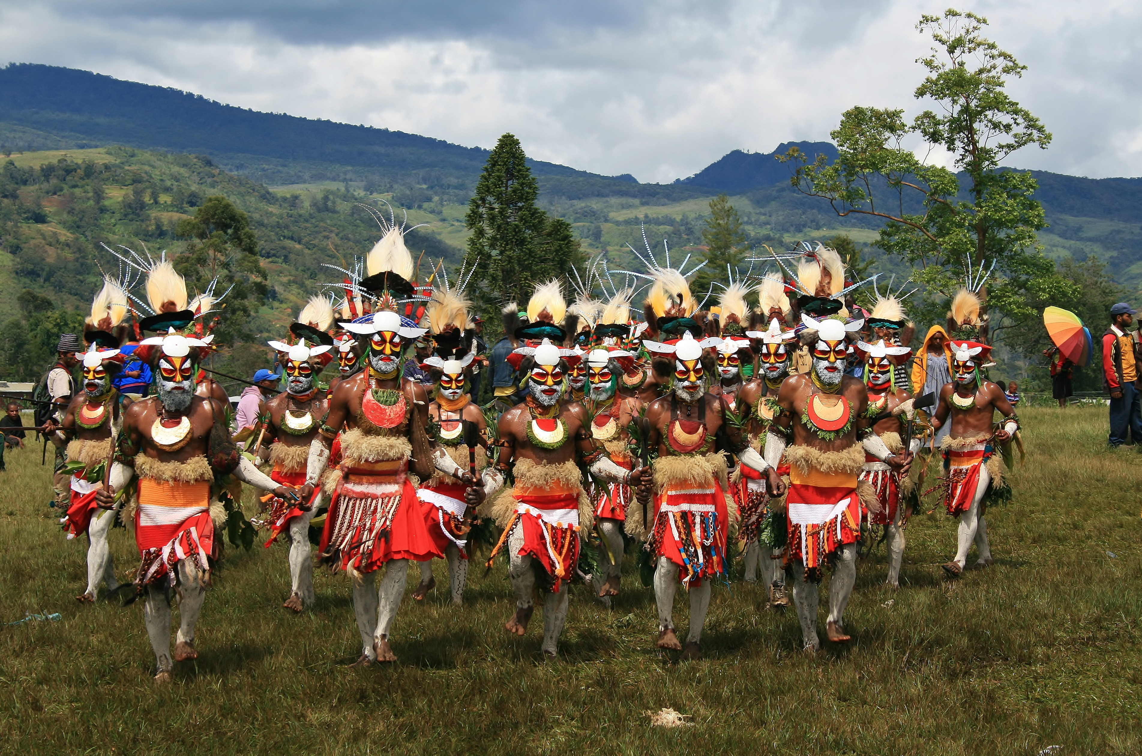 Marching and Chanting, Mt Hagen, PNG