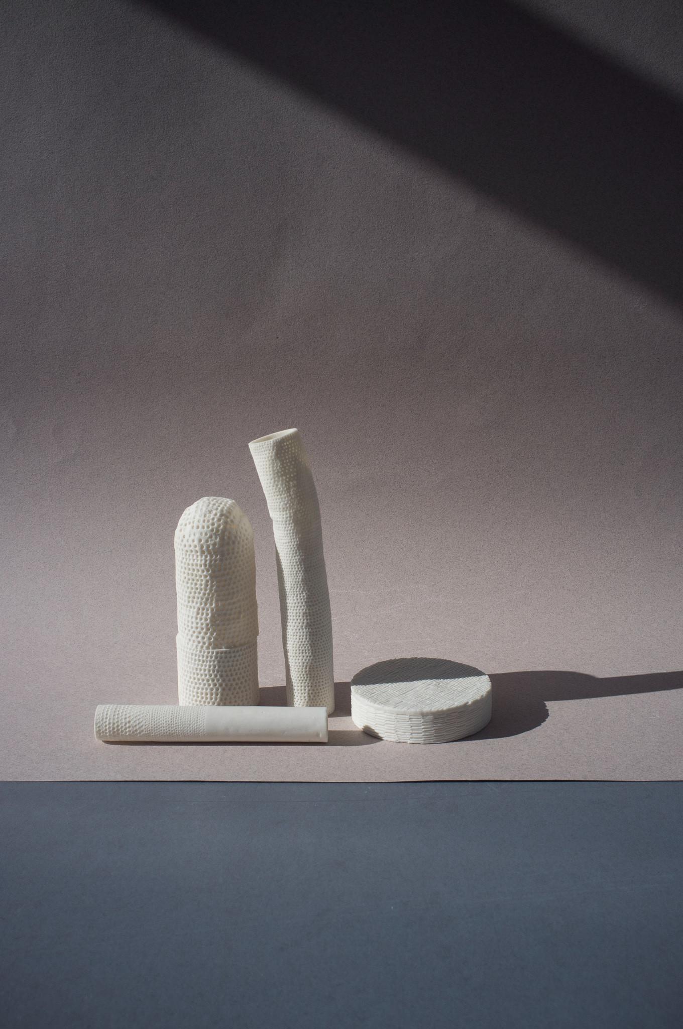 Loose, porcelain, 2017