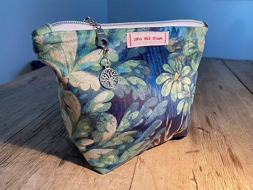 Soft Velvet Make-up Bag