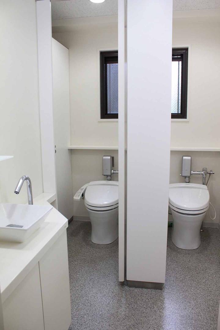 2階3階女子トイレ.jpg