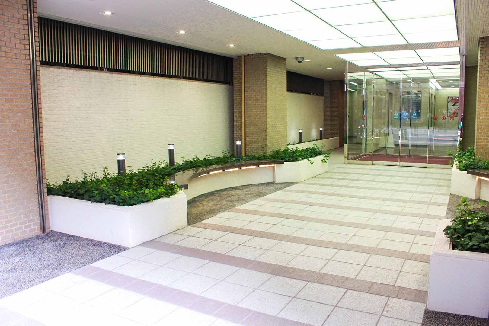 7東洋海事ビルENT 20131024.jpg
