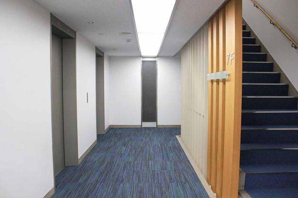 11東洋海事ビル7階EVH.jpg