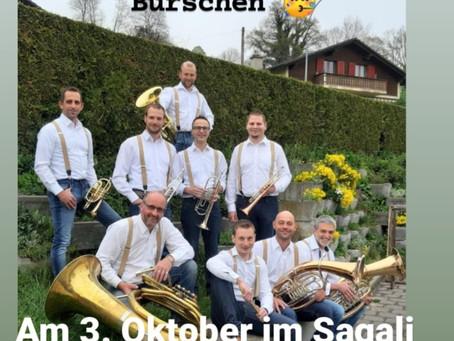 Gepolkert, Gemarscht und Gewalzert (3. Oktober)