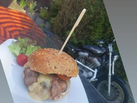Im Juli und August immer Mittwoch`s unseren Sagali Burger geniessen