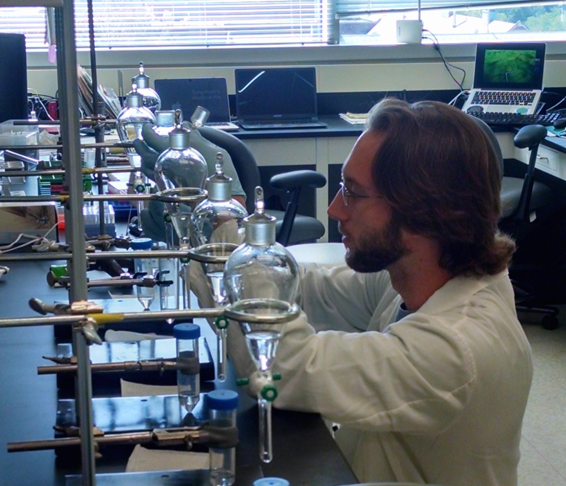 Community metabolite extraction