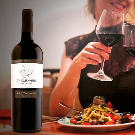 Deschere's Wine and Spirits