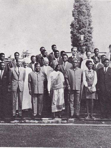 Les lauréats et des personnalités politiques.
