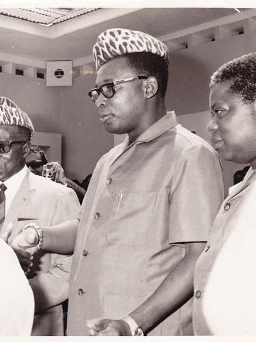 En conversation avec les Présidents L. S. Senghor et J. D. Mobutu. Kinshasa.