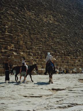 1 Pyramide 2.jpg
