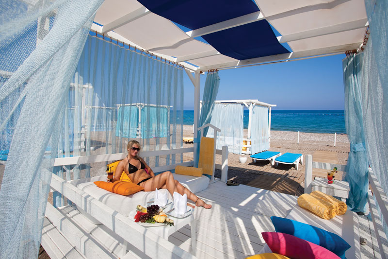 1391233182_corinthia-hotel-7-700