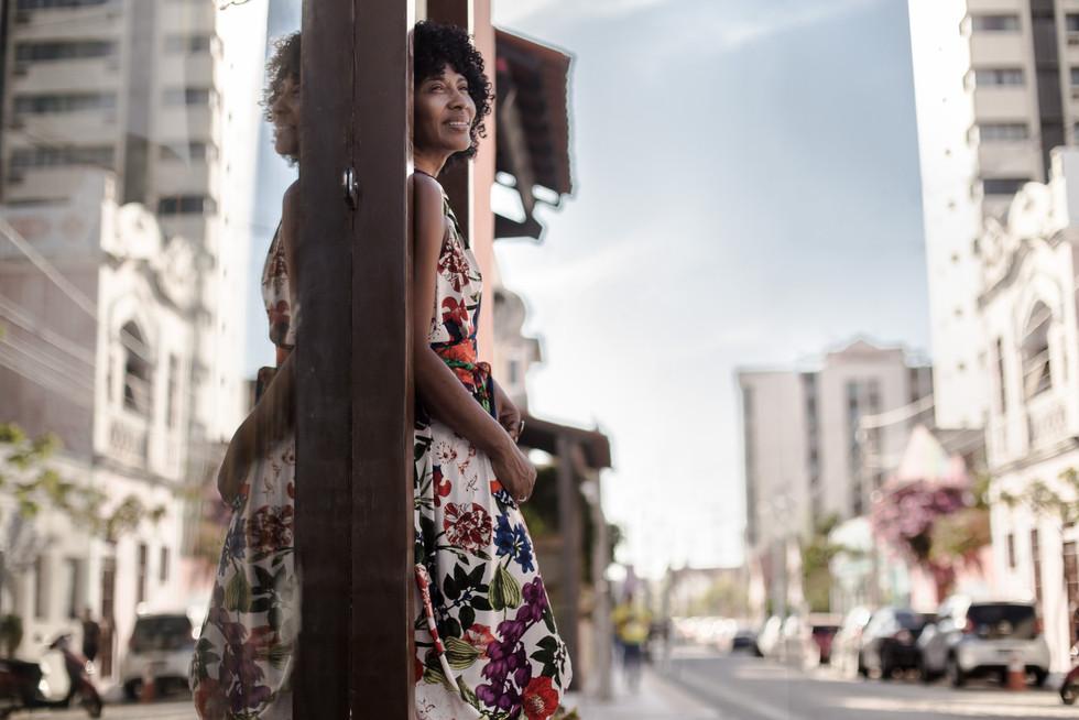 Silvania de Deus, estilista, para revista Galeria