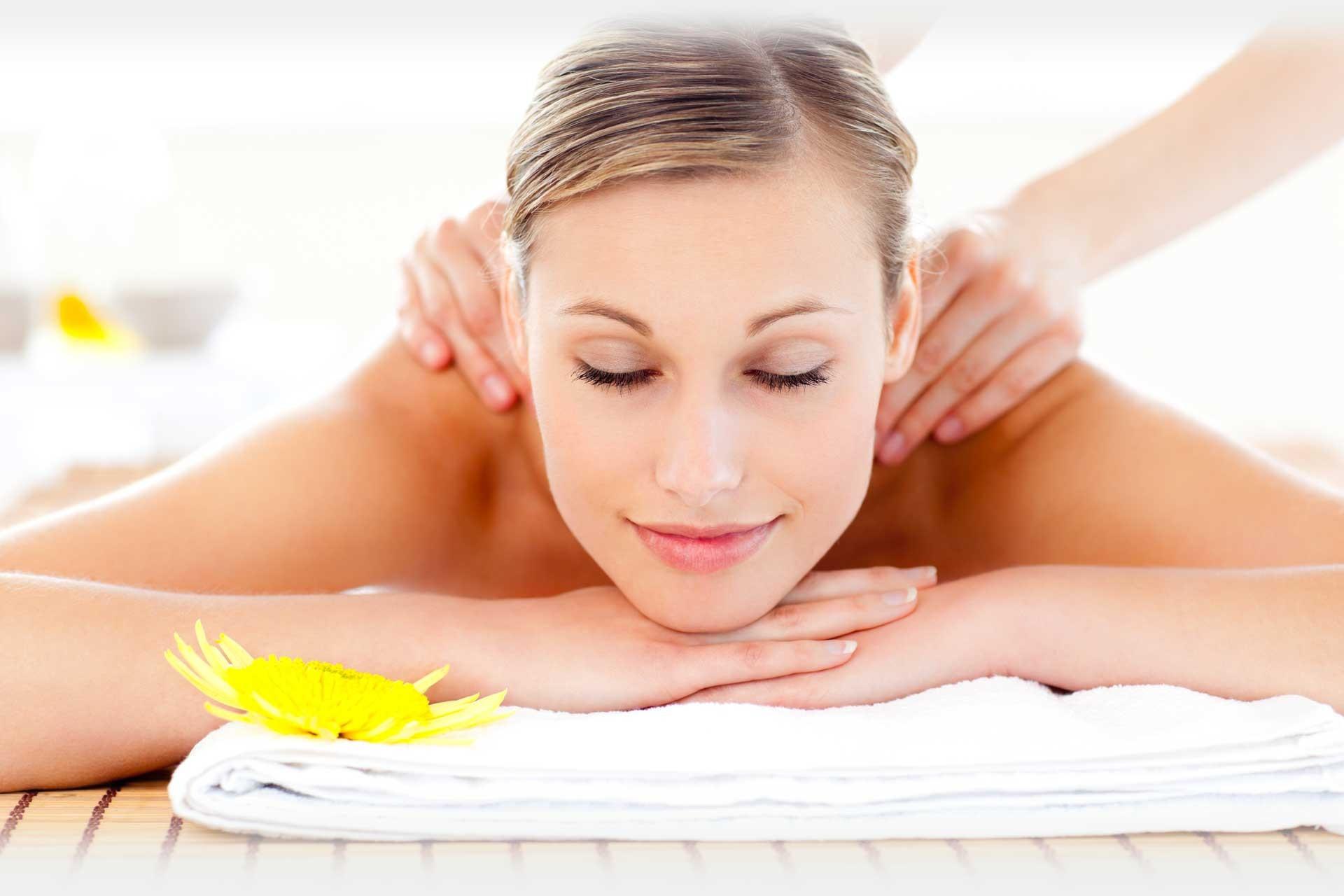 120 Min  Body Massage Treatment & Shower