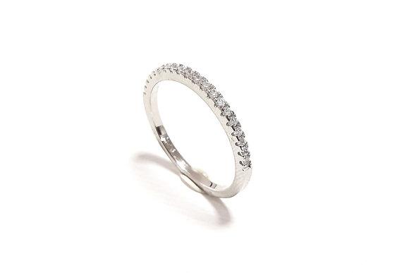 טבעת פס חצי משובץ