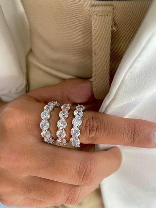טבעת זירקונים גדולים