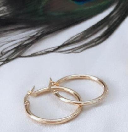 עגילי חישוק זהב דקים