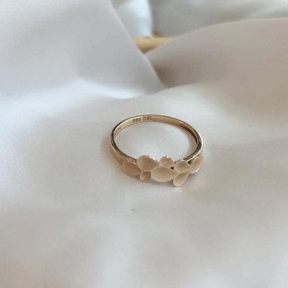 טבעת זהב טקסטורת בטיפות