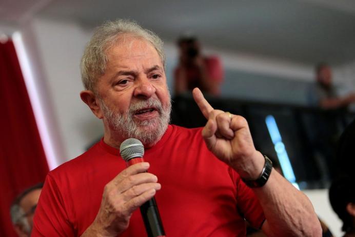Lula lidera com 37,3% das intenções de voto em pesquisa