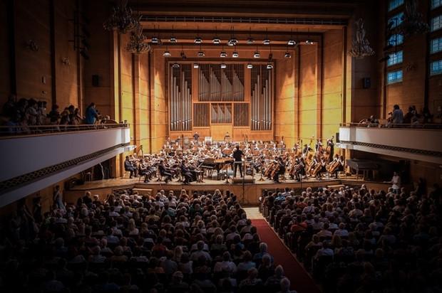 Sinfônica, filarmônica e de câmara, entenda a diferença das orquestras