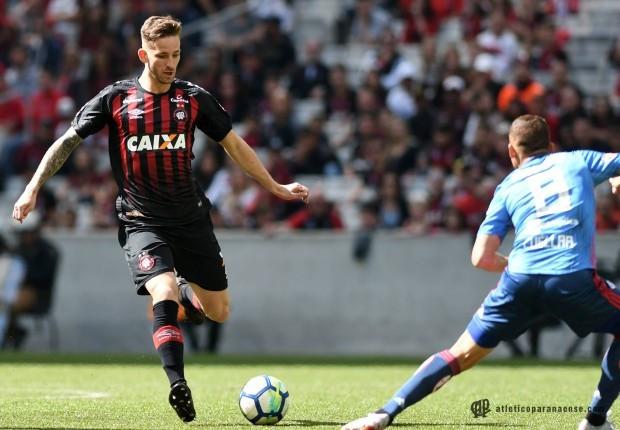 Atlético mantém o tabu e vence o Flamengo