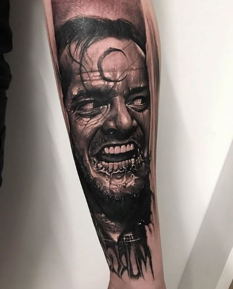 arte-tattoo-terror-o-iluminado