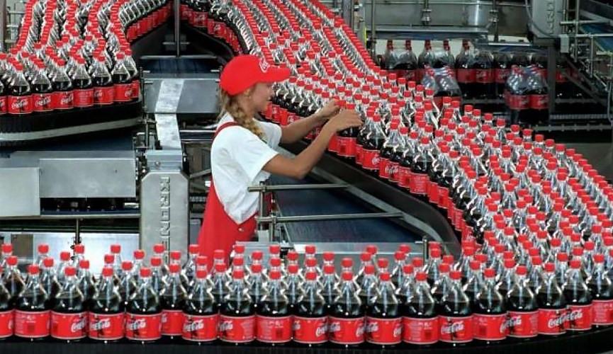 Carga de impostos faz com que Coca-Cola ameace deixar o Brasil